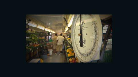 endo produce bus market_00002512
