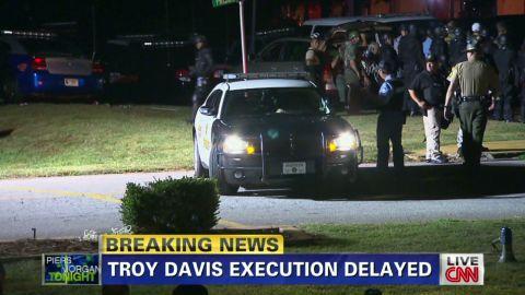 piers troy davis pastor execution_00002001
