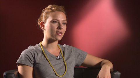Exclusive Scarlett Johansson McKenzie_00005228