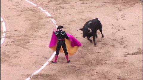 martinez catalonia bullfighting_00004413
