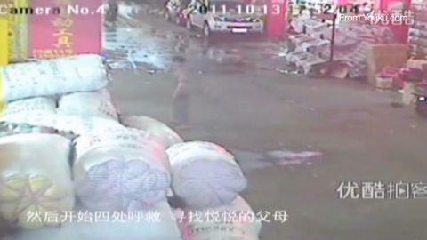 yoon china child hit run_00020021
