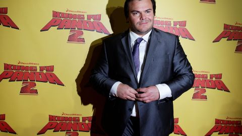 """Jack Black has taught himself both French and Spanish. One thing that helps: <a href=""""http://www.americareadsspanish.org/amigos-del-espanol/one-by-one/306-jack-black-watches-spanish-movies-in-his-original-version.html"""" target=""""_blank"""" target=""""_blank"""">watching films in their original languages</a>."""