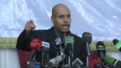 mann saif gadhafi surrender_00000126