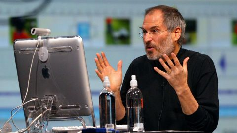 Steve Jobs' proclivity for responding to e-mails made his inbox a prominent target for Apple customers.