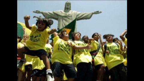 ws intv darlington brazil sports minister rebelo_00000309