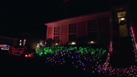 dnt christmas light controversy_00011617