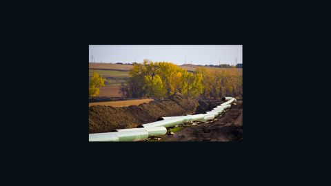 Just weeks after kicking the decision on the controversial Keystone oil sands pipeline until after the 2012 election, Congress forces action in 60 days.