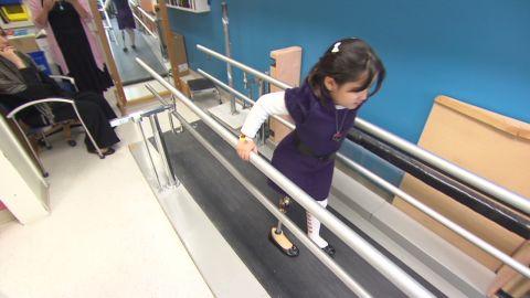 libyan.girl.walks.again_00030215