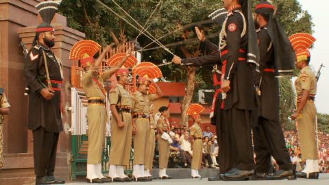 pkg sayah pakistan india relationship border guard gate ceremony_00005026
