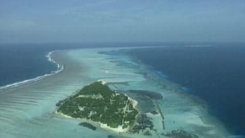 pkg holmes maldives spa ban_00000220