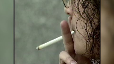 hm.smoking.with.cancer_00005517