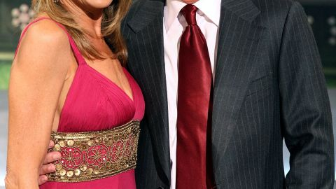 Host Pat Sajak (R) and co-host Vanna White pose for photos during a taping of 'Wheel Of Fortune Celebrity Week' celebrating the television game show's 25th anniversary at Radio City Music Hall on September 29, 2007 in New York City