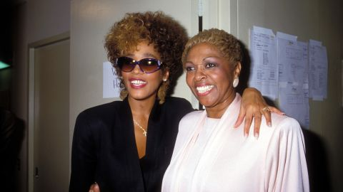 Houston poses with her mother, Cissy Houston, in March 1987.