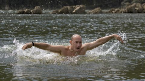 Putin swims the butterfly during his vacation outside the town of Kyzyl in southern Siberia on August 3, 2009.