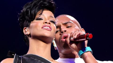NEW YORK - DECEMBER 12: Singers Rihanna and Chris Brown perform on stage during Z100's Jingle Ball at Madison Square Garden on December 12, 2008 in New York City.
