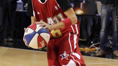 """Bieber shows off on the basketball court at the 2011 BBVA NBA All-Star Celebrity Game in Los Angeles. Even former NBA player <a href=""""http://www.nba.com/allstar/2011/celebrity.game/"""" target=""""_blank"""" target=""""_blank"""">Scottie Pippen said</a> he was surprised by Bieber's skills."""