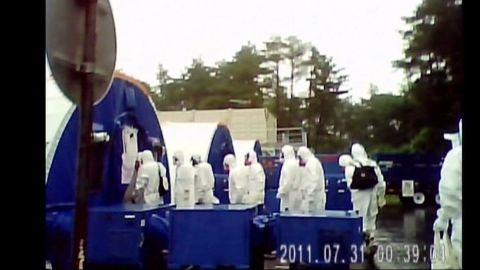 pkg lah japan nuclear workers_00023018