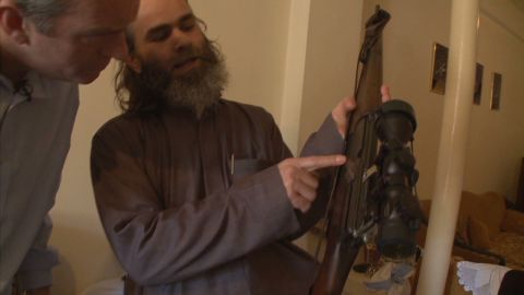 robertson syria gun running_00000206