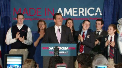 Rick Santorum scored victories in Alabama and Mississippi but still trails in delegates.