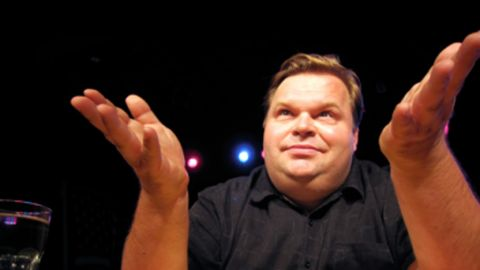"""Mike Daisey: The performer of """"The Agony and Ecstasy of Steve Jobs"""" had his story about Apple factories retracted by """"This American Life."""""""