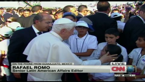 romo.pope.arrives.in.mexico_00002113