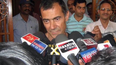 Claudio Colangelo speaks to the media shortly after being released by his captors on March 25, 2012.