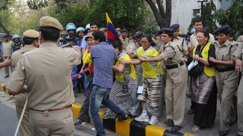 The man set himself alight as hundreds protested in New Delhi against Chinese rule in Tibet Monday.