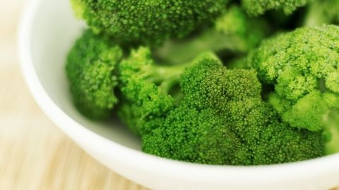 """Broccoli is one of nature's most nutrient-dense foods, with only 30 calories per cup. That means you get a ton of hunger-curbing fiber and polyphenols -- antioxidants that detoxify cell-damaging chemicals in your body -- with each serving. Researchers from <a href=""""http://www.hopkinsmedicine.org/press/1997/sept/970903.htm"""" target=""""_blank"""" target=""""_blank"""">Johns Hopkins University</a> have long praised broccoli's cancer-fighting and prevention abilities."""