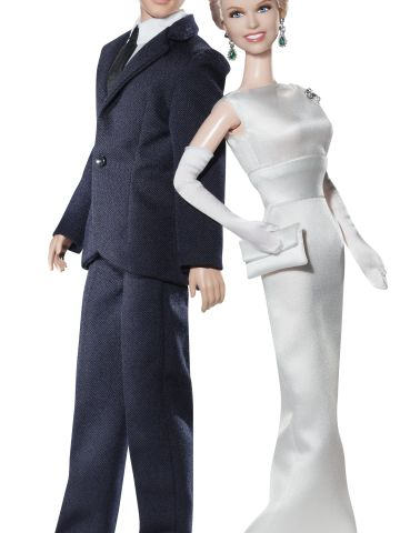 """Brad Allen (Rock Hudson) and Jan Morrow's (Doris Day) """"Pillow Talk"""" Barbies are dressed to the nines."""