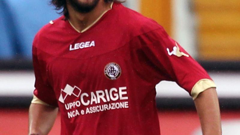 Italian footballer dies after collapsing during Serie B match   CNN