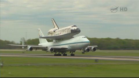 nat pkg shuttle discovery retires_00015418
