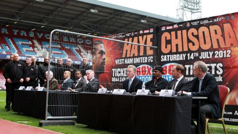 David Haye and Dereck Chisora were separated by a fence at the press conference to announce their bout
