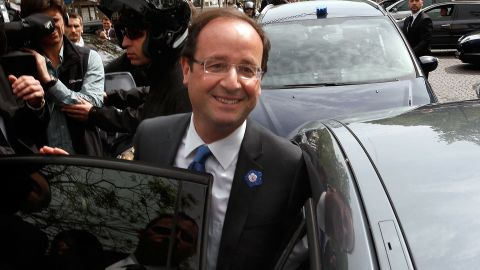 """Socialist François Hollande says the strong showing for the National Front is an expression of people's """"social anger."""""""