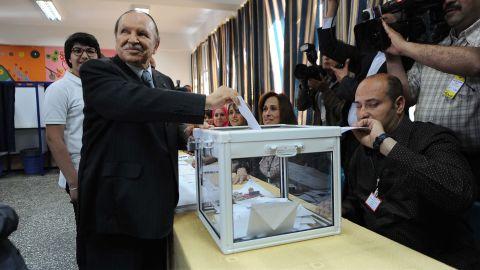 Algeria's President Abdelaziz Bouteflika casts his vote in Algiers on May 10, 2012.
