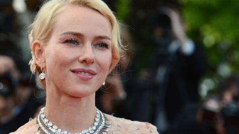 """British actress Naomi Watts hits the red carpet ahead of the """"Madagascar 3"""" premiere on Friday."""