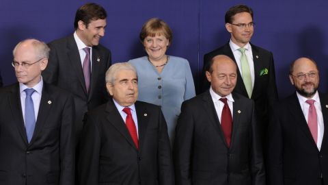 Clyde Prestowitz and John Prout say that if Germany returned to the deutsche mark, other eurozone nations would benefit