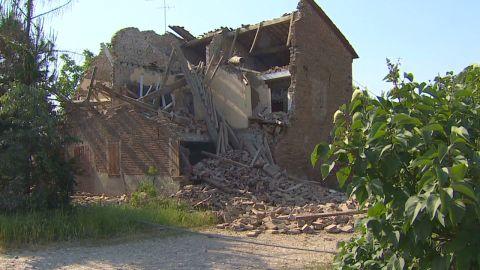 pkg durgahee italy quake aftermath_00003625