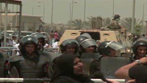 mubarak verdict protests wedeman lklv_00004503