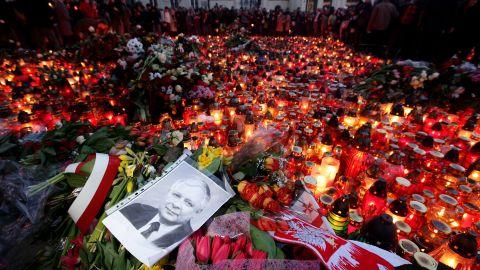 A plane carrying Polish President Lech Kaczynski crashes near the Russian city of Smolensk on April 10, 2010.