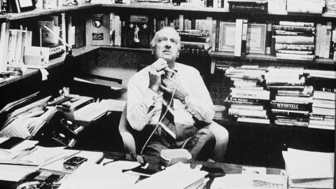 Cronkite, in his overstuffed CBS office, shaves before heading out for a night on the town in 1971.
