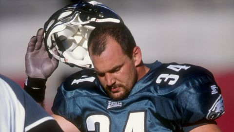 """Former pro football player Kevin Turner, shown here during a 1998 NFL game,<strong> </strong><a href=""""http://www.cnn.com/2016/11/03/health/kevin-turner-cte-diagnosis/"""" target=""""_blank"""">had the most advanced stage of CTE</a> when he died in March at the age of 46. Dr. Ann McKee of Boston University and the Concussion Legacy Foundation said that Turner's CTE brought on amyotrophic lateral sclerosis (ALS), also known as Lou Gehrig's disease. <br /><br />CTE stands for chronic traumatic encephalopathy, a neurodegenerative disease associated with repeated head trauma.  Scientists believe repeated head trauma can cause CTE, a progressive degenerative disease of the brain. Symptoms include depression, aggression and disorientation, but scientists can definitively diagnose it only after death."""