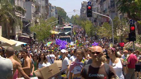 gay pride in tel aviv_00000016
