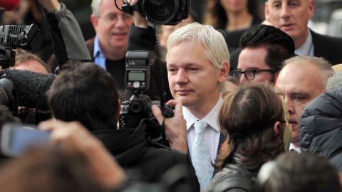 lkl elbagir assange next move_00002403