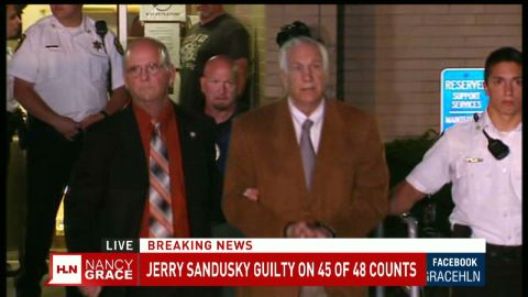 sandusky walking out of court_00000000