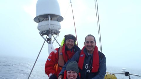 Laymond decided to get involved in the race because one of the crews had a relay team of transplant patients, surgeons and specialist nurses on board its boat to raise awareness for organ transplantation -- something that saved her life six years ago.