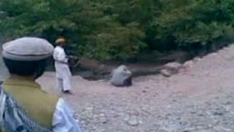 jamjoom afghan taliban public execution_00002628