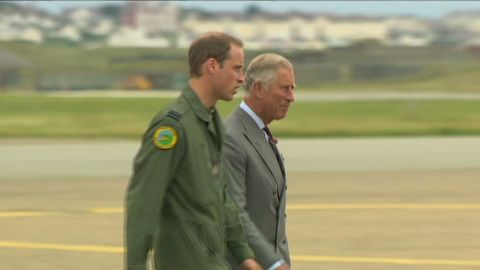 lklv foster prince william charles tour_00005419