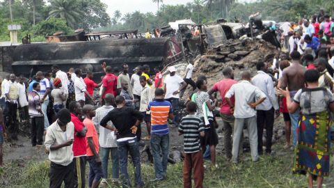nigeria.tanker.explosion_00002007