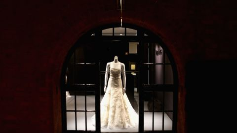 The first Vera Wang bridal boutique in Australia officially opened June 27, 2012, in Sydney.