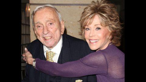 Vidal and Jane Fonda embrace at the Stoney Awards in 2011.